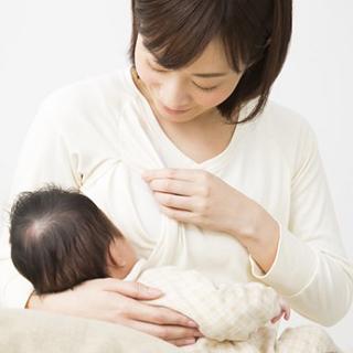 新生児,赤ちゃん,授乳